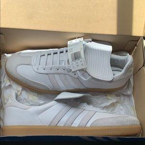 Adidas Samba Recon Lt white with gum sole size 12